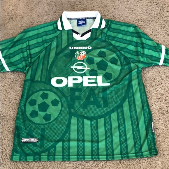 Football association of Ireland team jersey. M 5b3ffc034ab633402974ebb9 860f4f2df